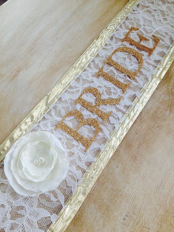 Свадьба - Bride to be sash, lace and glitter bachelorette sash, rehersal dinner sash
