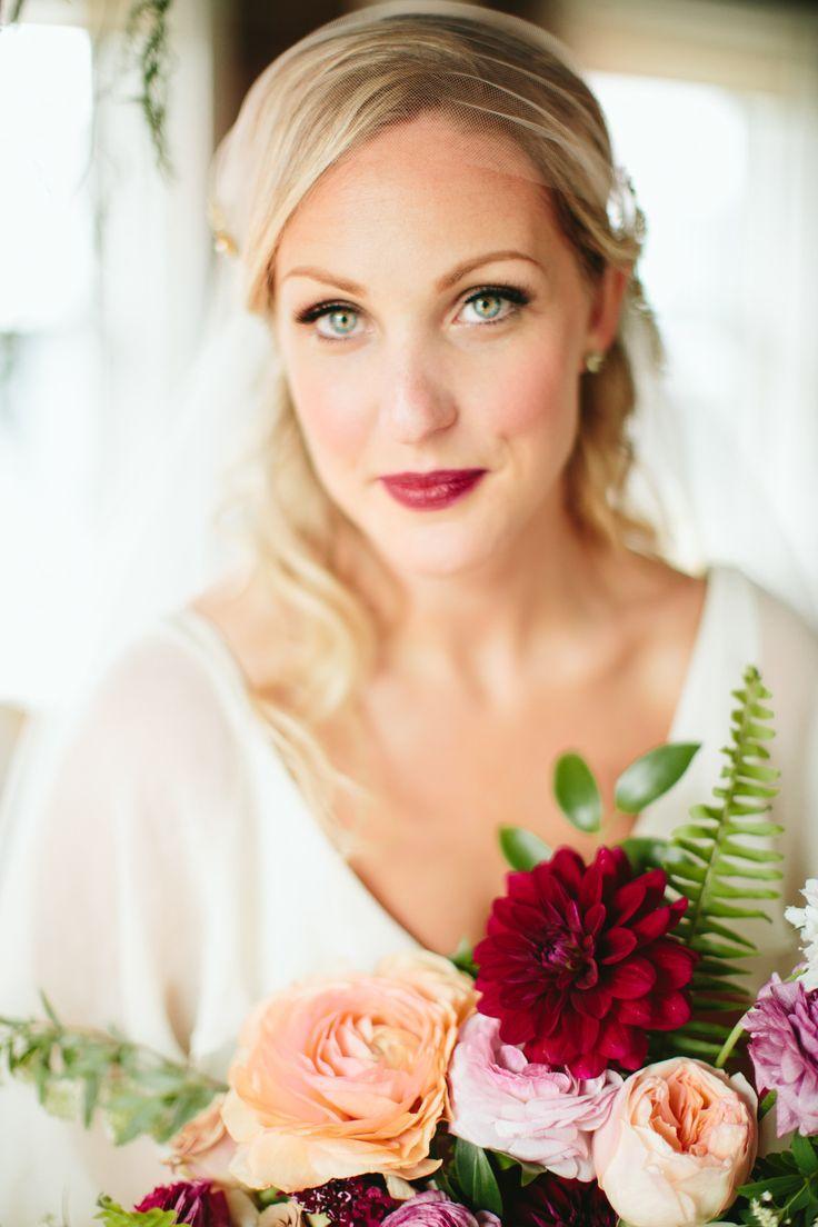 Свадьба - Cozy   Romantic Indoor Garden Wedding Inspiration