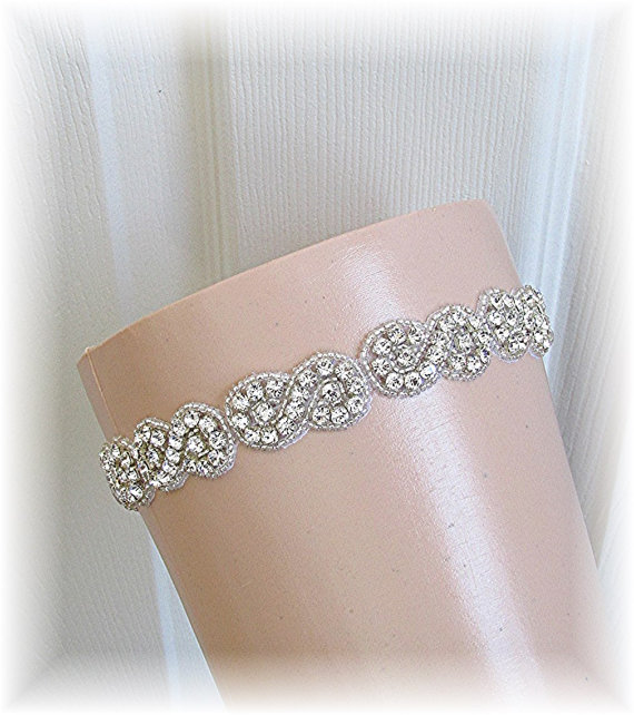 Mariage - Wedding Garter, Bridal Garter, Wedding Garter Belt, Bride's Keepsake Crystal Rhinestone Wedding Garter