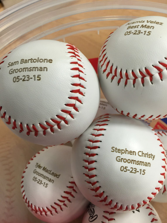زفاف - Personalized Engraved Baseball Custom Text and Image Groomsmen Groomsman Ring Bearer Gift Wedding Favor MLB Ball, Order as Many As you need!