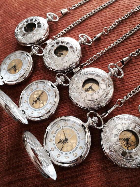 Mariage - Set of 7 Silver Groomsmen pocket watches with vest chains ships from Canada