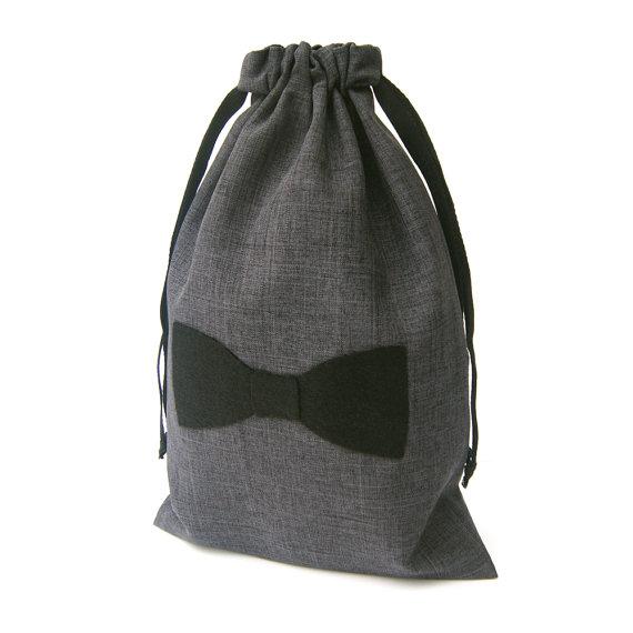 Свадьба - Groomsmen Gift Bag - Mens Gift Bag - Mens Gift Wrap - 8x12 Mustache, Necktie, or Bowtie Pinstripe Gift Bag