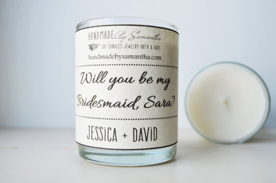 Hochzeit - Candlegram.Will you be my Bridesmaid gift. 6oz Soy Candle.Premium Fragrance.  Seed embedded label to plant and grow flowers.