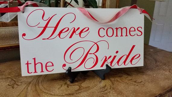 زفاف - Custom Wedding Here Comes the Bride Sign- DOUBLE SIDED