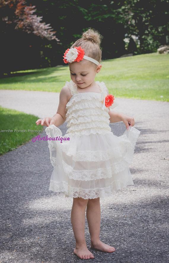 Свадьба - Flower girl dress - 3 pcs baby girl dress - ivory girl dress - lace dress - baby girl clothes - girl clothes - wedding dress for girl -