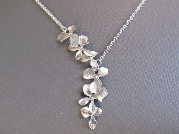 Свадьба - Flower Necklace, Silver Asymmetric Orchid Lariat, Bridesmaid Necklace, Wedding Jewelry, Bridal Jewelry