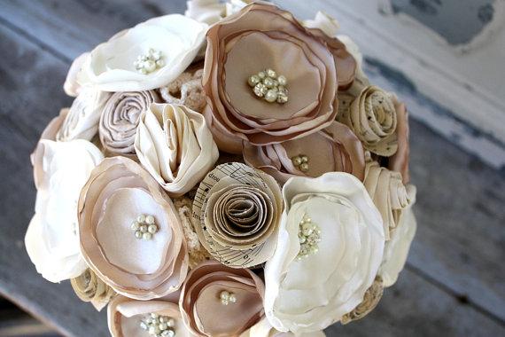 "Свадьба - Champagne bouquet, Sheet music and  Fabric flower wedding bouquet, 4"" alternative fabric flower bouquet"