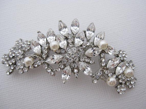 Свадьба - Crystal pearl brooch,wedding brooch,bridal brooch,wedding accessories,bridal hair accessories,bridesmaid gift,wedding comb,bridal hair comb
