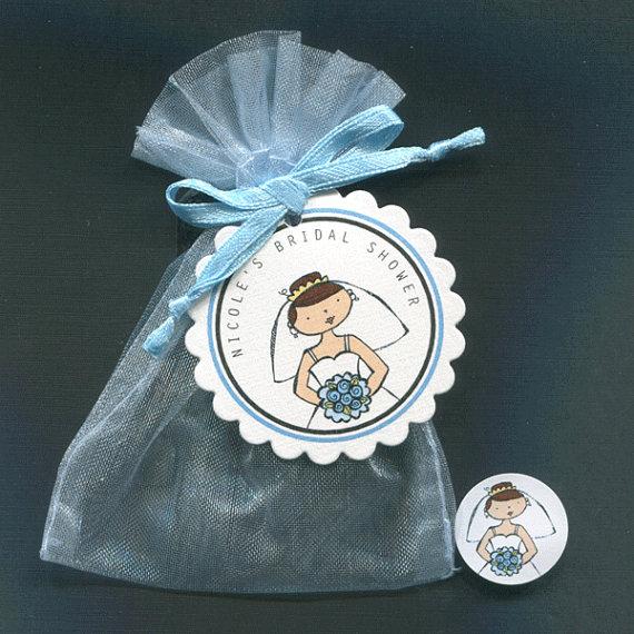 زفاف - Personalized Bridal Shower Favor Candy Bags Brunette Bride Holding Pink Bouquet Includes Tags, Candy Stickers, Blue Organza Bags, Set of 60