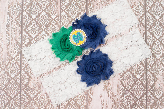 Mariage - Notre Dame Bridal Garter Set, College Wedding Garter, Fighting Irish Bridal Garter, Lace Garter, Bridal gifts, Toss Garter, Keepsake Garter,