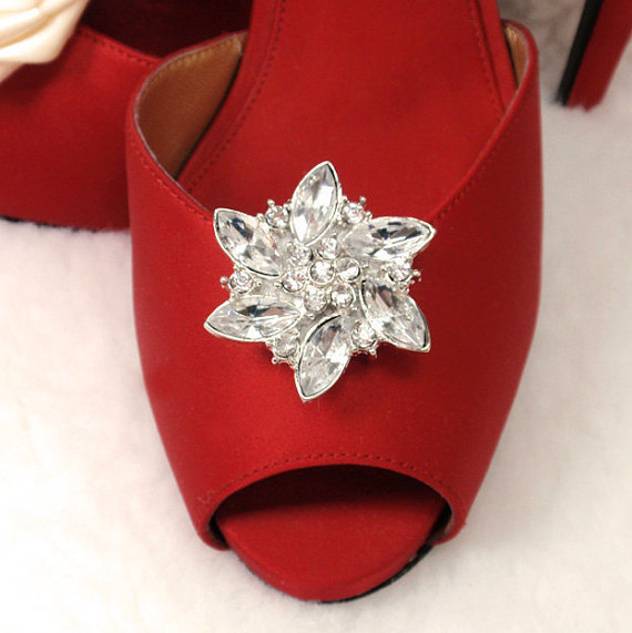 Свадьба - Rhinestone Shoe Clips for Weddings and Special Occasions- Bridal Sparkly Shoe Clips Rhinestone