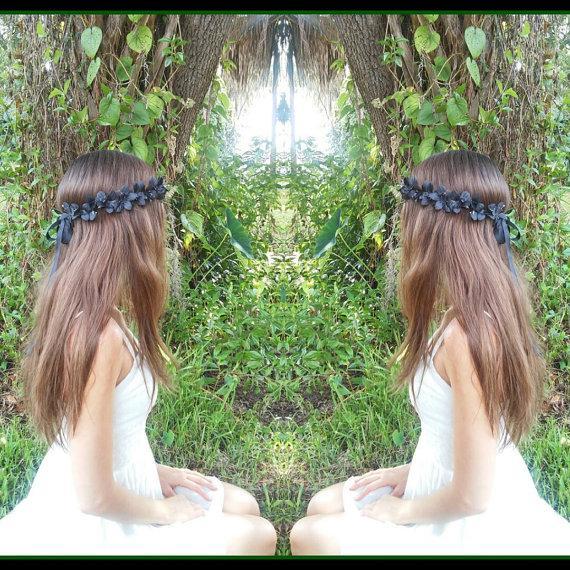 Mariage - Black Flower Crown, Flower, Headband, black, flowers, rustic,  gothic, fall, crown, halo, boho, gypsy, bohemian, wedding, bridal, girl, dark
