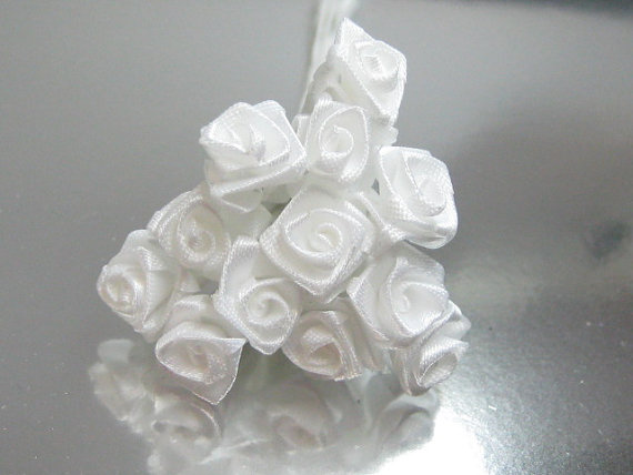 Свадьба - 1 dozen White B grade miniature satin roses on wire stems 8-10mm  for crafting and scrapbooking discounted seconds