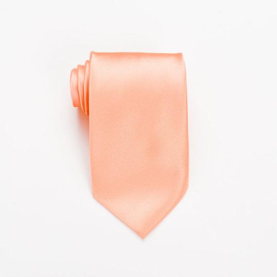 Mariage - Pastel Peach Necktie. Groomsmen Necktie. Peach Tie. Peach Necktie. Peach Wedding. Pastel Peach Mens Tie. Mens Necktie. Neckties. Ties.
