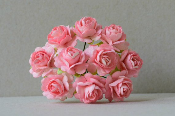 Mariage - 15 mm / 10  pink paper roses  For Crafts ,Scrapbooking ,Cardmaking , Decorations