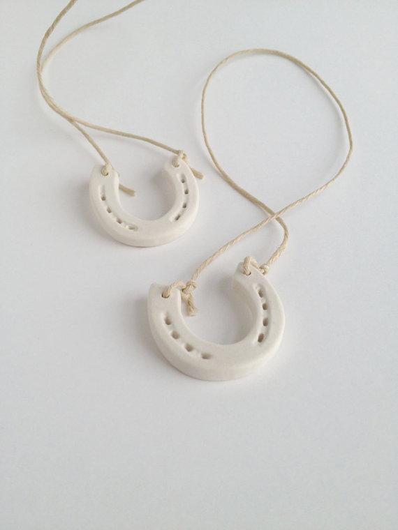 Mariage - Ceramic Wedding Horseshoe Good Luck Porcelain