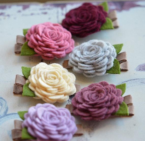 زفاف - Wool Felt Flower Hair Clip You Choose Color