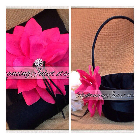 زفاف - 10 Inch Satin and Sash Ring Bearer Pillow/Flower Girl Basket Set..shown in black/black/fuschia