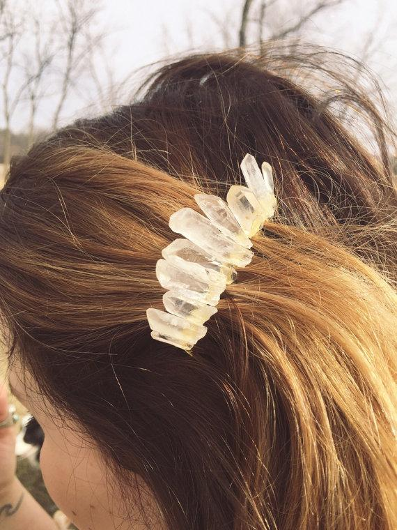 Mariage - quartz crystal hair comb ~ boho hippie wicca indie festival bride bridal veil piece/accessories/jewelry