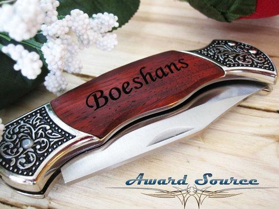 زفاف - 2 Pocket Knife Groomsmen Engraved Pocket Knife  - Groomsman Best Man Ring Bearer Gift
