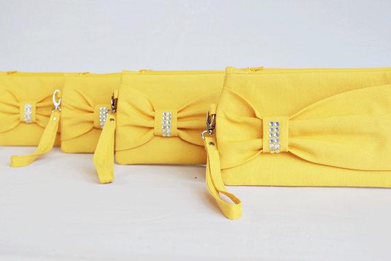 زفاف - Promotional sale   - SET OF 5  -Yellow Bow wristelt clutch,bridesmaid gift ,wedding gift ,make up bag,zipper- yellow