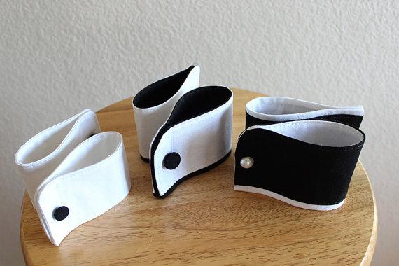 Свадьба - Dog cuffs, custom dog tuxedo cuffs for wedding, dog wedding accessory, dog cuffs for wedding, dog tuxedo cuffs, black white, pet dog wedding