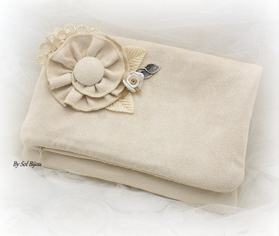 Свадьба - Clutch, Handbag, Purse, Bridal, Wedding, Bridesmaids, Maid of Honor, Suede, Rustic, Shabby Chic, Ivory, Micro suede, Lace, Vintage Style