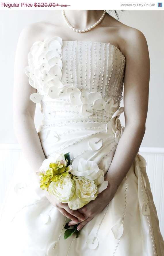 Mariage - CLEARANCE Sample Sale - Flower Fairy Wedding Bridal Dress with Bling for a Boho or Alternative Wedding
