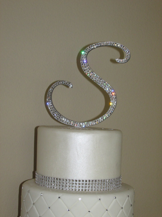 How To Make A Crystal Monogram Wedding Cake Topper