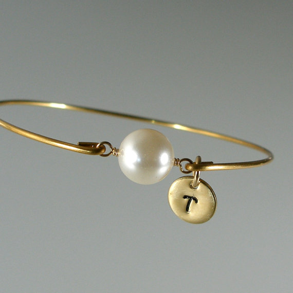 Wedding - Pearl Gold Bangle Bracelet, Personalized Jewelry, Bridesmaid Jewelry, Personalized Bracelet, Pearl Bangle, Bridesmaid Gift (P258G)