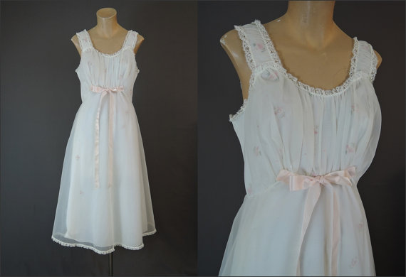 Свадьба - Shadowline Sheer White over Pink Floral Embroidery Vintage 1960s Nylon Nightgown - fits 38 inch bust