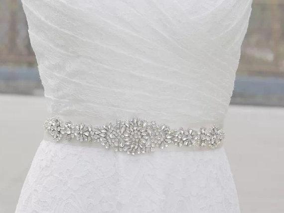 Mariage - High quality bridal sash, crystals on satin sash