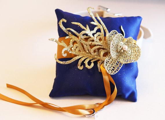 زفاف - Royal Blue Gold Ring Pillow, Ring Pillow attach to the High quality Leather Collar, Ring Bearer Pillow, Pet wedding accessory