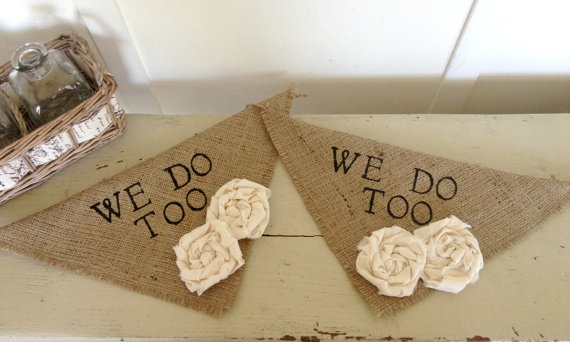 Свадьба - Natural Burlap We Do Too Girl Set of 2 Dog Collar Bandana with Flowers for Wedding Photo Prop