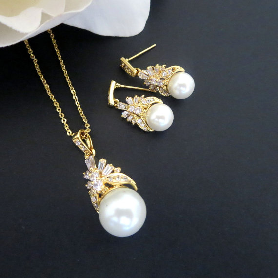 Свадьба - Gold Wedding jewelry set, Gold pearl drop necklace and earrings, Gold crystal necklace and earrings, Bridal jewelry set, Gold jewelry set