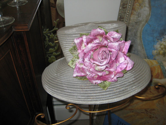 Свадьба - Ivory Horse Hair Garden Party/Wedding  Hat w/ Lilac Velvet Rose Trim