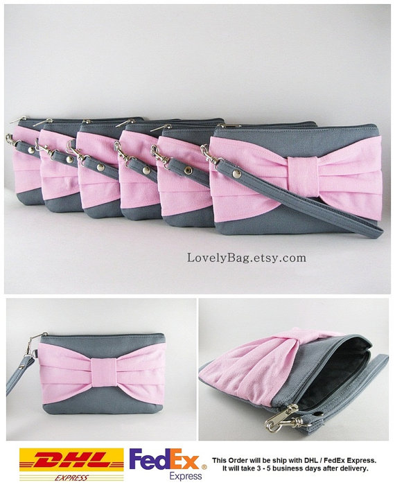 Свадьба - SUPER SALE - Set of 6 Gray with Light Pink Bow Clutches - Bridal Clutch, Bridesmaid Clutch, Bridesmaid Wristlet,Wedding Gift - Made To Order
