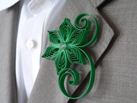 زفاف - Emerald Green Boutonniere, Emerald Buttonhole, Green Wedding Gifts for Groomsmen, Emerald Wedding Boutonniere, Mens Flower Boutonniere
