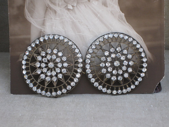 Свадьба - Large Vintage Art Deco Flapper Rhinestone Paste Round Belt Buckle...Sew On....Sash Buckle...Embellishment Applique Wedding Bridal