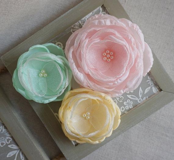 Свадьба - Pastel Pale Mint Yellow coral Pink flowers in handmade, Bridesmaids Bridal accessories in Vintage style, Hair Shoe Clip Brooch Set Weddings