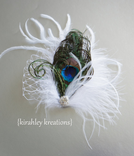 Hochzeit - FANCY SHAUNY -- Bridal Peacock Feather Wedding Fascinator Bride Hair Clip Headpiece w/ White Marabou Plume, Wisps and Russian Veiling