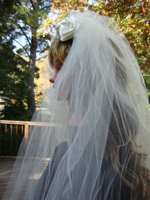 Mariage - Vintage Long Cream Tulle Wedding Veil with Satin Roses Bridal Veil Bridal Tulle Wedding Accessories 126