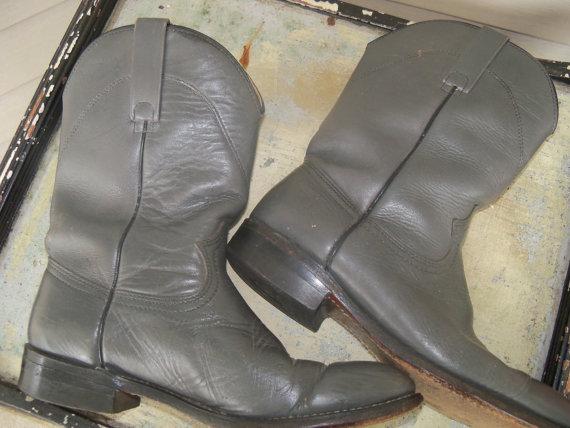Hochzeit - Cowboy Boots Grey Boots Size 9