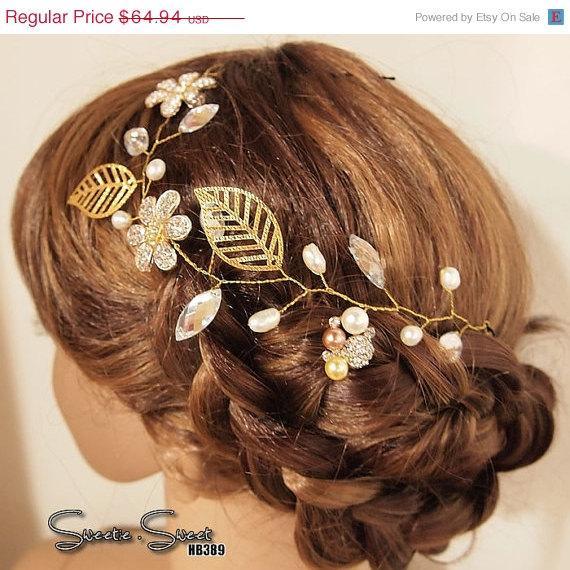 Свадьба - 40% SALE Rhinestone Flower headpiece, Bridal Veil, Wedding Veil, Bridal Hair Pin, Woodland, Boho, Gatsby