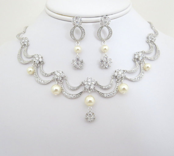 Hochzeit - Bridal jewelry set, necklace and earrings set, vintage style, wedding jewelry, victorian inspired
