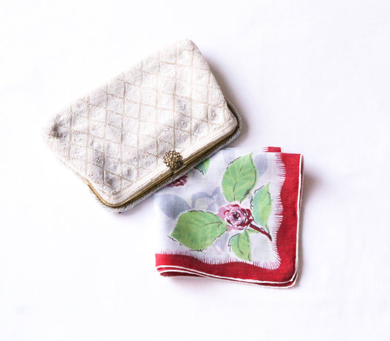 Mariage - Vintage Floral Hanky - Red & Pink Rose Flowers on Gray Hankie - Linen Handkerchief Flower Bouquet with Green Leaves