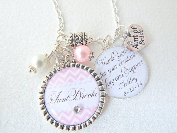 Hochzeit - AUNT of the BRIDE Gift Personalized Key Chain Pink Chevron Aunt Quote Bridal accessories Engagement Gift Heart charm PERSONALIZED Jewelry