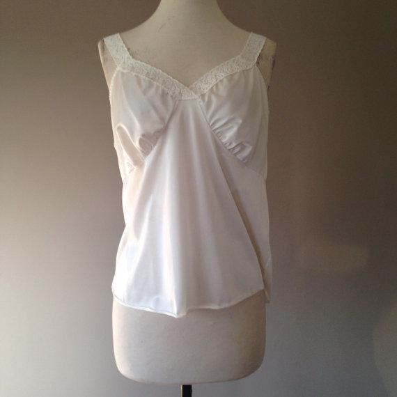 زفاف - XL / Nylon Camisole Lingerie Top / White with Lace / Size 40 or Extra Large / By Dixie Belle / FREE Shipping
