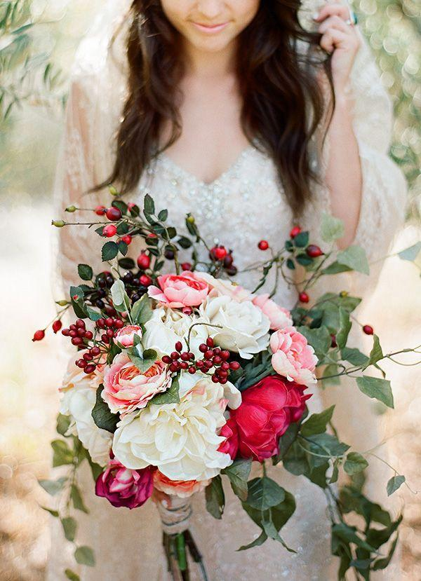زفاف - 15 Beautiful Bouquets For Your Winter Wedding