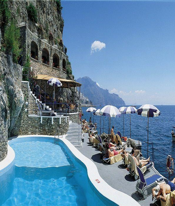 The 13 Most Breathtaking Hotel Views In The World 2348225